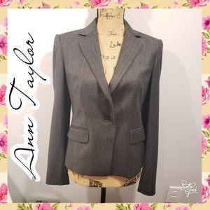 Ann Taylor 4 blazer gray soft professional work